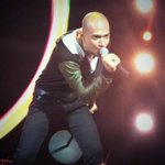 """@IndonesianIdol: WOW! itulah persembahan musik party mix rocker ala @HuseinIDOL8! COOL!!! #IndonesianIdol2014 http://t.co/ObBwLaD4yS"""