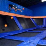 An indoor trampoline park plans to open in Springfield: http://t.co/iRa3DlwQh2 http://t.co/NRCxknYOjl