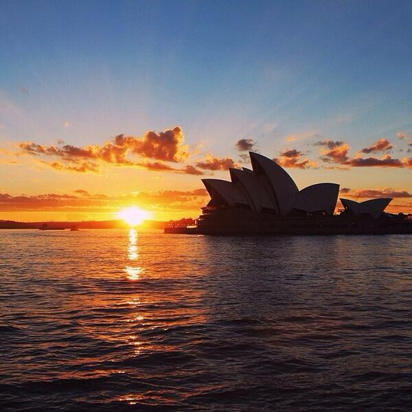 Up with the sun on a beautiful morning in #Sydney! Thanks for sharing your photo with us, @jamesyharden! (via IG) http://t.co/RDT9hEJ6jJ