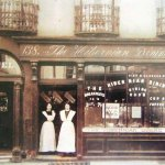 Dublin History ~ Two ladies from the Hibernian Dining rooms 138 Capel Street #Dublin http://t.co/sLzb1hTISX