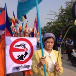 RT @mosesngeth: Boeng Kak Lake women is celebrating #WomensDay #IWD2014 #Cambodia #RightsKH http://t.co/oUrgrOGdy4