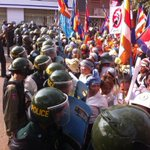RT @doyle_kevin: Boeng Kak residents and monks #Phnom Penh blocked by riot police. http://t.co/AnzEmHjFMk