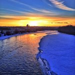 Now thats a golden end to the week. Thank you, Calgary sunset. #yyc http://t.co/hJMe1pa4jT