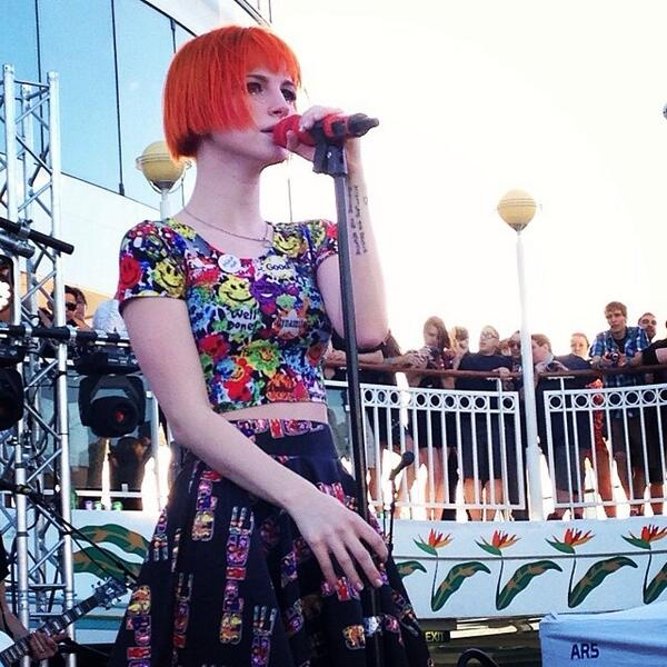 Beautiful pic of @yelyahwilliams onstage at #Parahoy - http://t.co/Dfh0CIK1rG