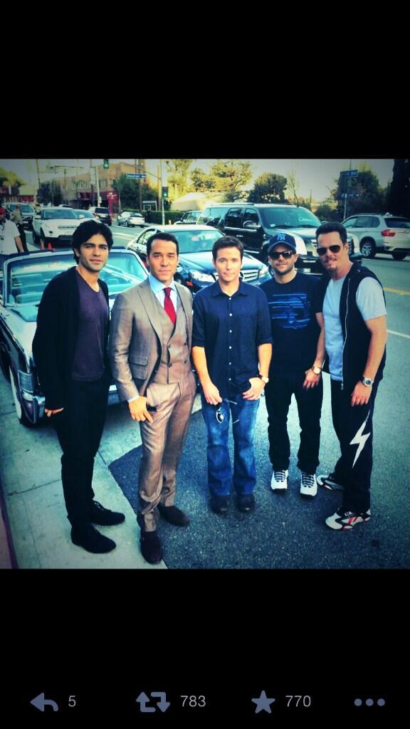 The boys are back #entouragemovie http://t.co/sM1VX4dpKw