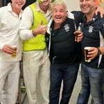 RT @DarrynLyons: @Geelong_Mayor ridout legend #giddyup Sharks cane magpies #gold mayor celebrates with the great team ! My caot cust! http://t.co/XoTg3UAfQs