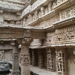 RT @pranavmistry: Well maintained 1000 years of history of Raniki vav, Patan, Gujarat. http://t.co/4jKCC8dvDH
