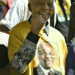 "Dear Deputy Nelson Mandelas,stop saying ""Mandela wouldnt be happy with the ANC "" Maxoki ndini, he loved the ANC! http://t.co/YV3e70RVFU"