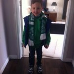 Young Flyn ready for Hibs match with @cdscott79, next generation of Hibs fans. http://t.co/zWlH1jAYJE