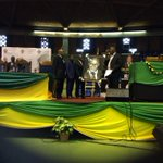 Gift given to King Mkhwanazi by the Mkhwanazi community & President Jacob Zuma. #ANCinTheStreets http://t.co/MHsrS2rCnM