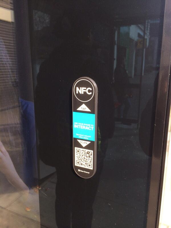 London bus shelter sporting two useless technologies together #NFC #QRCodes http://t.co/uIyuAbsNtU
