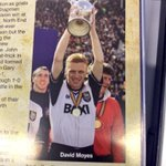 Pic of David Moyes holding a trophy in the #oafc programme. #doesnotcompute http://t.co/JmSEv4D6L9