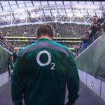 """@TSBible: Brian ODriscoll walking out in Dublin for the final time today. http://t.co/5FjWYh3Beh""#respect"