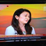 Jessie Yee Wai Ching on @501Awani - she was supposed to be flying on #MH370 to Beijing - she didnt board the plane. http://t.co/Nvav7VTOR5