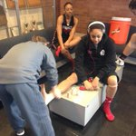 RT @UofLWBB: Bria getting a little pregame prep before walk thru. #unfinishedbusiness #L1C4 http://t.co/akE9HkuEHy