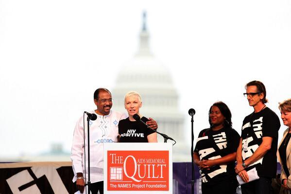 Annie Lennox's message on International Womens Day 2014 - http://t.co/jWnzZRNOPz http://t.co/jBb2cxwL4i