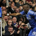Samuel Etoo hits back at Jose Mourinhos comments with a cracking celebration... http://t.co/yYJ5aq1ngn