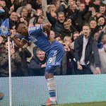 RT @ESPNFC: Old man Samuel Etoo celebrates his goal for Chelsea against Spurs. http://t.co/S78Udddjw1