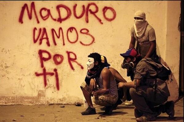 NO ABANDONAREMOS LA LUCHA PORQUE AMAMOS A VZLA  #TuPeoEsMiPeo http://t.co/aHI9hNdLLO