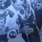 Crowning moment for the great Roy Higgins, his 1st Melb Cup in 65 on his darling mare Light Fingers#racingbond http://t.co/L9pDjLLjoj