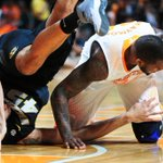 Vols upending Mizzou right now - http://t.co/p91ue0F2pk