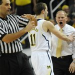 RT @nickbaumgardner: Another gem from @MelanieMaxwell -- Beilein not thrilled here. http://t.co/iggGWlOoSK