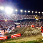 The 250SX #DAYTONASX By @HondaPowersprts Main Event is under way! http://t.co/ahRX4UlN3r