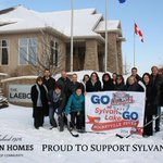 RT @laebonhomes: Come on Central Alberta lets vote for #sylvanlake for #Hockeyville2014 Vote early,vote often. http://t.co/L1SEOx1YOX http://t.co/yvMqISG0p5