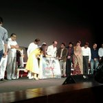 RT @SRKFC1: ♦ GRAND AUDIO LAUNCH OF #Kochadaiiyaan ♦ Shah rukh khan ( @iamsrk ) , @arrahman , Rajnikant & all on Stage . http://t.co/nAkHQWRPh8