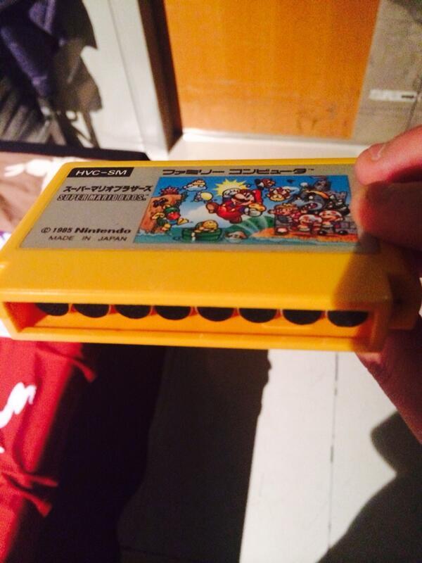 Whoaaaaa NES Harmonica!! http://t.co/oFJkeOnVnR