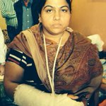 RT @ashutosh83B: She is an AAP Volunteer whose hand was broken by BJP goons on that day. #BJPGoons http://t.co/3Lhwq6Dg2Y