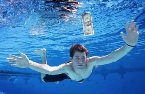 The baby on the Nirvana album is now 22. http://t.co/y8zIr2A1Tv