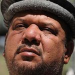 President #Karzai expresses his condolences & called Mr. #Fahim a great patriotic & named him a great #Mujahid. http://t.co/ehaOR67wce