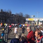 De 10 km loop is gestart. Succes lopers! #cpc14 http://t.co/UghPfAG3dX