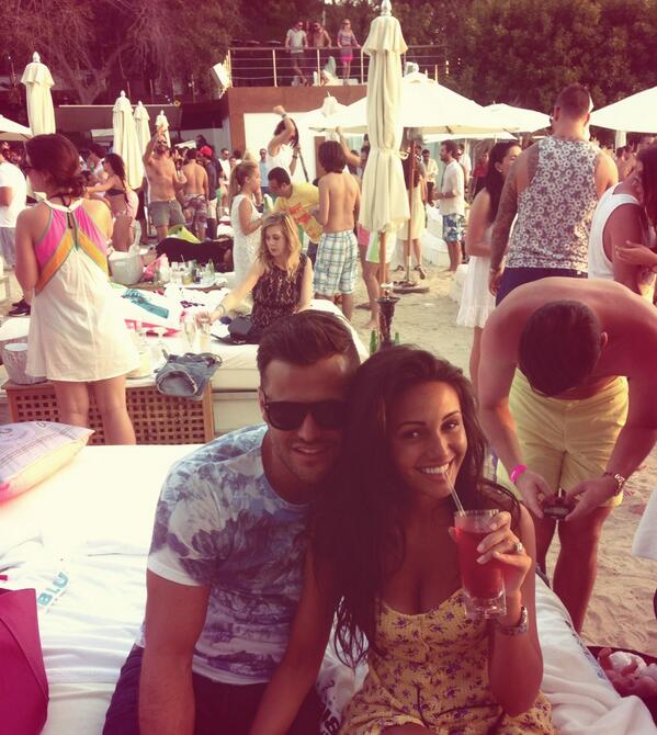 Partying at blue marlin dubai !! A Couple that raves together stays together !! http://t.co/cCr0cuzR4K