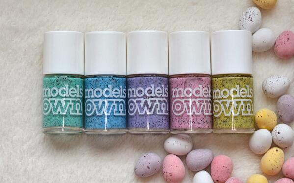 It's SUNNY! Want to #WIN the entire Models Own 'Speckled Egg' collection? Follow & RT by 11pm. (UK only) #competition http://t.co/o1wG2Q8CE4