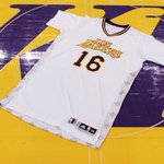 RT @Lakers: Were in the #NochesEneBeA #LosLakers unis today. http://t.co/jduscfkg1r