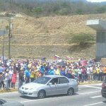 """INTERCOMUNAL #GUARENAS -#GUATIRE CONTINUAMOS PROTESTANDO! #9M http://t.co/KlVTR9oPvi"" via @Jurungador 12:46 pm #Caracas"