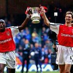 RT @davidhickman14: Please ARSENAL can Mertesacker and Koscielny be doing the same on the 17th May #FACup #COYG http://t.co/WfA9z5xX5L