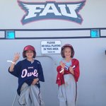 Our best @EmeraldTowing base race contestants yet. #WeLoveOurFans #FAU http://t.co/MRtQ3CwqqB