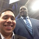 @SHAQ thanks for photobombing my selfie! #shaqtastic #SXSW http://t.co/fxs1W8iTiC