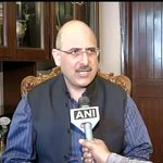 RT @ANI_news: Nalin Kohli,BJP on Arvind Kejriwal: To pay homage to people who are alive just to gain political point is despicable http://t.co/DhoBxNH01Z