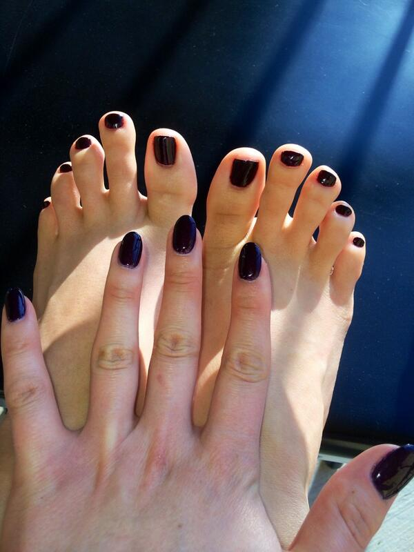Fresh #manicure and #pedicure! #feet #footfetish #longtoes #vampy #fetish #fetishmodel #sexy #toes
