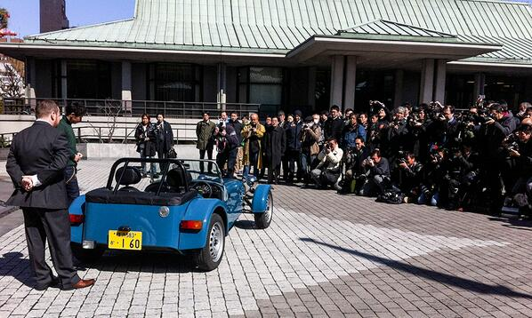Today the Seven 160 was launched in Japan with some help from @kamui_kobayashi http://t.co/viOLbNITFE