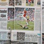 In het krantenoverzicht vraagt het AD zich af of de competitie dan toch nog spannend wordt: http://t.co/qXoGRYo39J http://t.co/c1rLZJH6Rh
