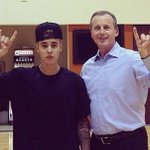 Rick Barnes was just off the hot seat.. Put him back on. http://t.co/yRxum4m9wt