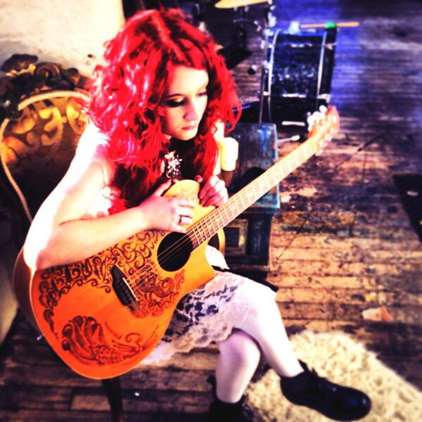"""@Insomniamusicuk: Pensive @JanetJealousy on set. #houseofcards #MusicVideo @lunaguitars http://t.co/fFSyKIXz9D"" cheer up self haha"