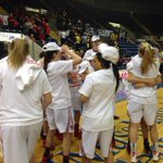 WBB: @MaristAthletics celebrating their 70-66 victory & MAAC Championship! Watch ceremonies live on ESPN3! #MAAC14 http://t.co/qlT99RFY1B