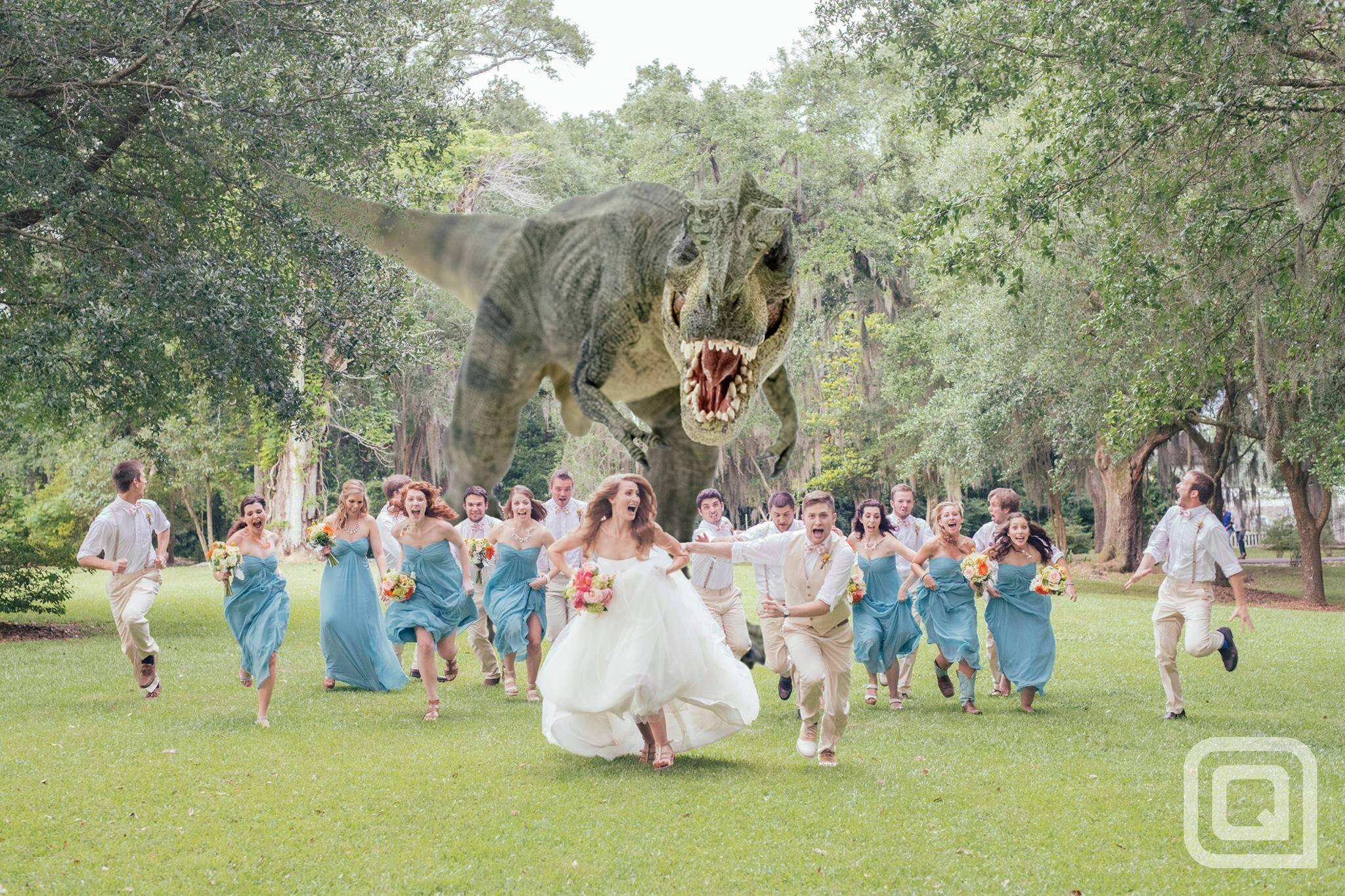 'Best Wedding Photo Ever' features T-rex chasing after bridal party: http://t.co/bg0186YMvT
