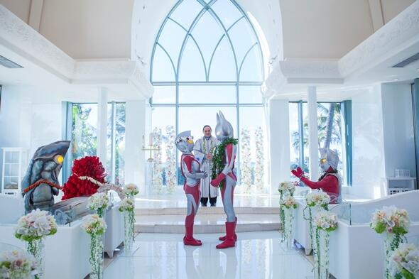 結婚してから何十年とたった夫婦が愛を誓いあう「バウ・リニューアル」を知ってますか? そんな感動のセレモニーをウルトラマンの父母がハワイで行いましたよhttp://t.co/IgEC43ZkN5 #バウリニューアル #ハワイウェディング http://t.co/6Dx8eKaAH3